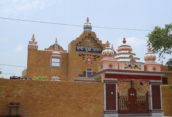 マトゥラーのヒンドゥ寺院.JPG